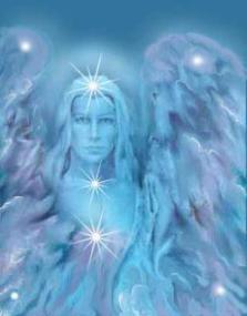anjo loiro com grandes asas