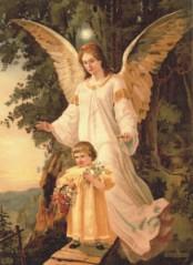 anjo da guarda acompanhando criança